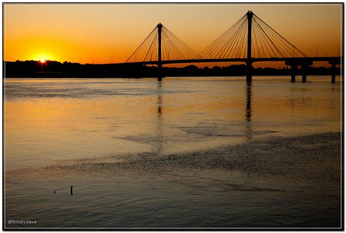 usa mo mississippiriver alton clarkbridge sunriser 5dii1005266