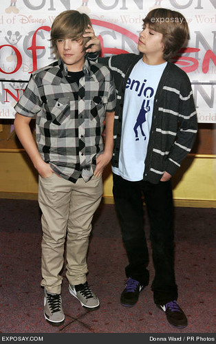 Dylan Sprouse and Cole Sprouse | 03/06/2009 - Dylan ...