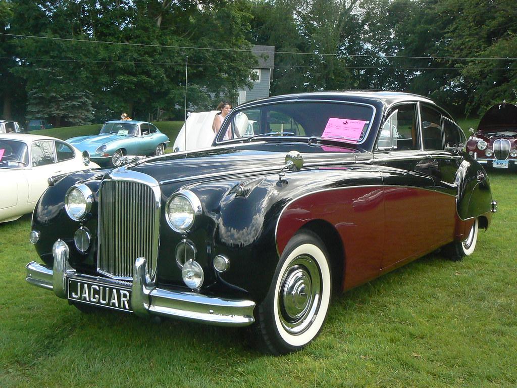 1958 Jaguar Mark VIII | A most beautiful car. Eschews all ...