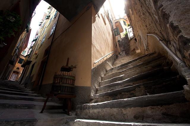 Alley, Vernazza, Cinque Terre UWA