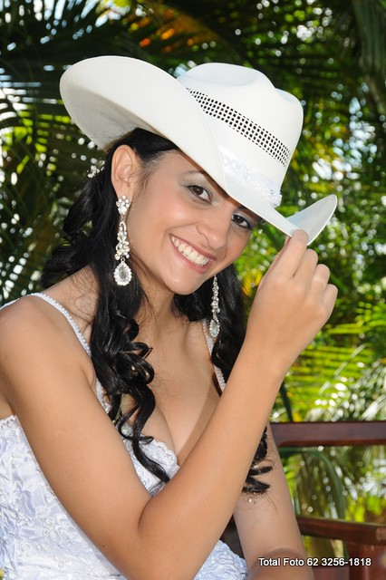 5c36f740a7 CASAMENTO COUNTRY NOIVA DE CHAPÉU | Noiva de chapéu | ADM GUILBERT ...