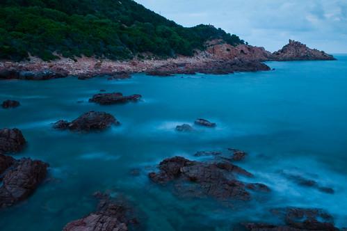 ocean italien sea italy coast meer wasser europa europe sardinia shore coastline sardinien mediterraneansea küste tyrrheniansea mittelmeer ogliastra gewässer tyrrhenischesmeer stretchofwater marinadigairoog