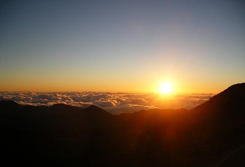 beauty clouds sunrise hawaii maui summit konicaminolta haleakalanationalpark sooc