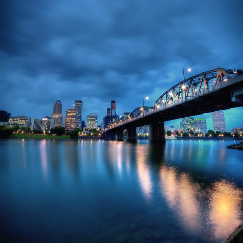 city rain night clouds oregon reflections portland pacificnorthwest pdx hawthorne willametteriver superaplus aplusphoto hdrnikond90