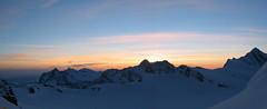 Krásně barevný je i východ slunce v 6 hod ráno.