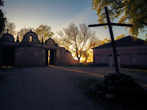 eos sunset church forest 6d old cross canon gate buçaco portugal buã§aco luso aveiro pt