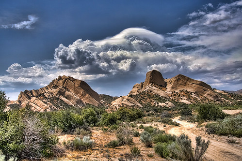 Awesome Clouds over Mormon Rocks | by Dave Toussaint (www.photographersnature.com)