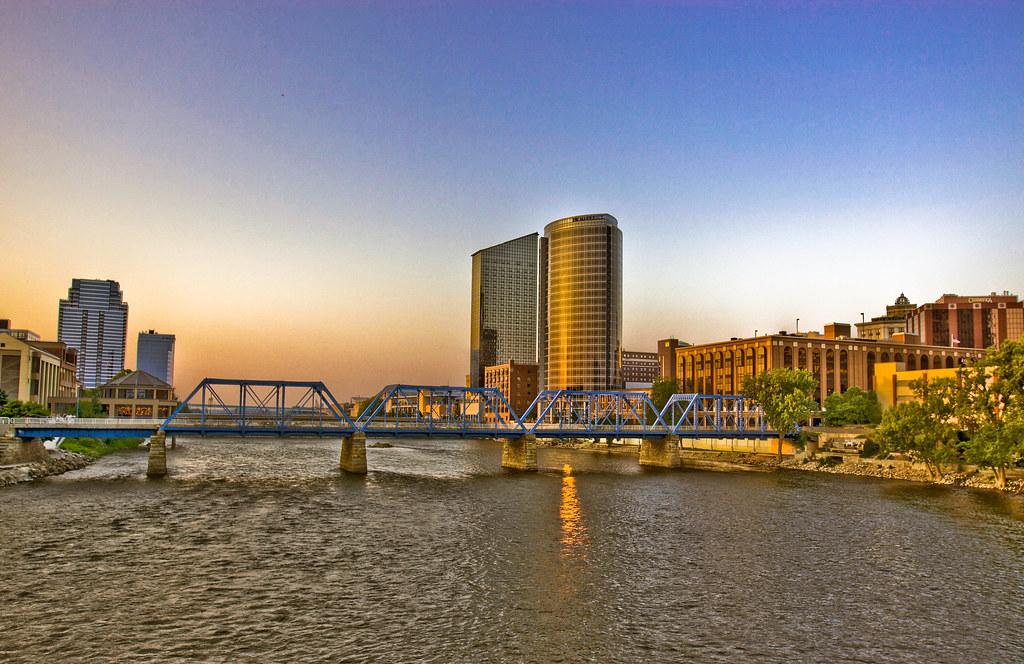 City Of Grand Rapids >> Brilliant City Grand Rapids Mi Eric Lanning Flickr