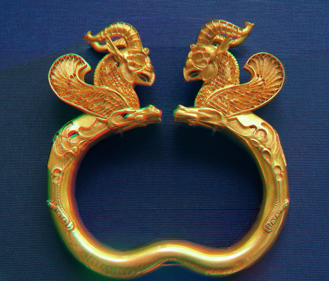 Ancient Babylonian Gold griffen jewelry