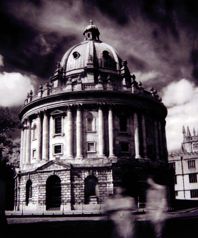 Radcliffe Camera,Oxford Kodak IR HIE Film tonysmith tony smith hotpix,B/W,black,white,mono,monochrome,west,midlands,england,uk,britain,GB,europe,english,tonysmith,tony,smith,old,stuff,interesting,place,places,rad cam,rad,cam,oxfordshire,city,univ,uni,university,learning,learned,fujifilm,hotpix!,#tonysmithhotpix