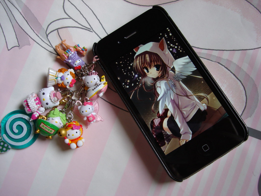 Hello Kitty Kawaii Decoration Mascot For Iphone With Anime Flickr
