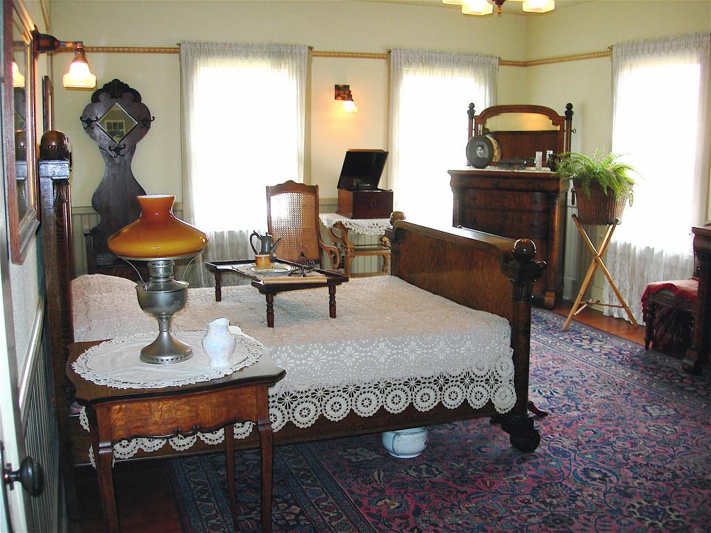 BRADLEY BEDROOM