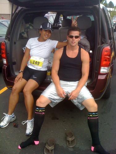 cameraphone socks oregon race shoes sandy running pete runners 500views caleb 2009 iphone hoodtocoast pete4ducks sinlapakone
