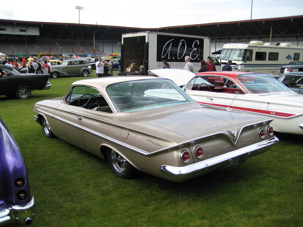 Chevrolet Bel Air >> 1961 Bel Air bubbletop, and an Impala | Two 1961 Chevrolet ...