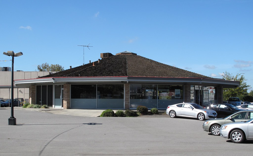 San Jose Car Dealerships >> Joe Kerley Car Dealership San Jose Located At 3566 Stevens Flickr