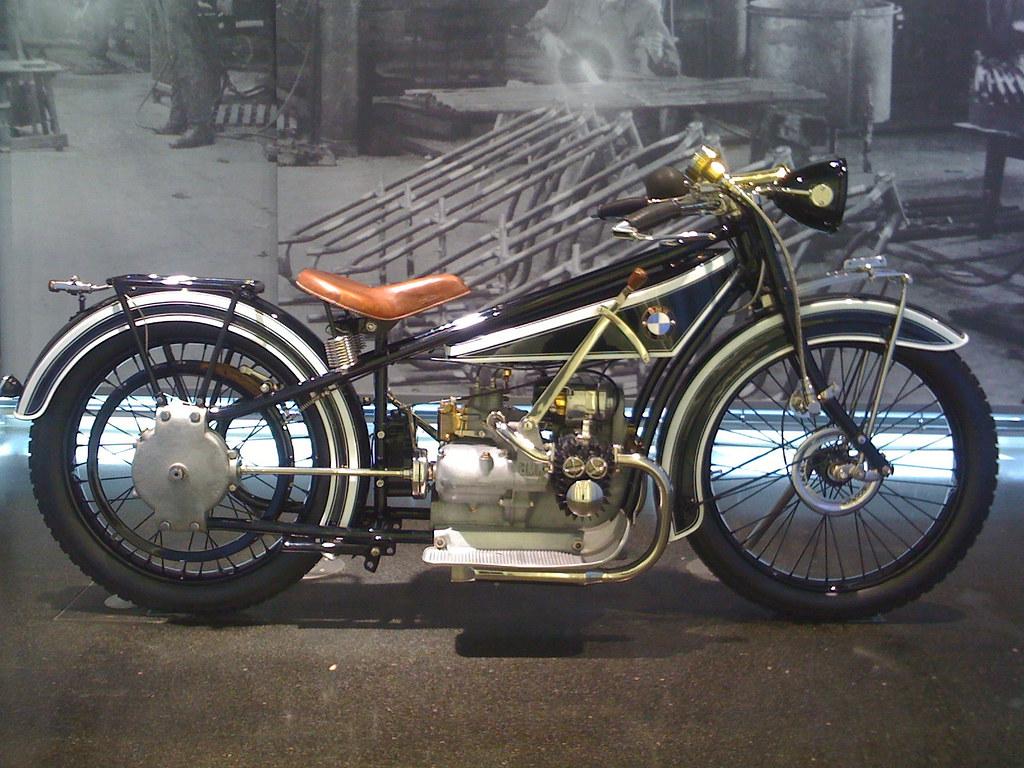 Old BMW bike 2 | BMW Museum | mark jones1@btinternet com | Flickr