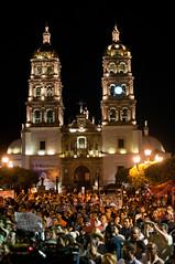 Estamos en el mitin en la Plaza de Armas de Durango. Lleno total #caravanamx #pactonacional