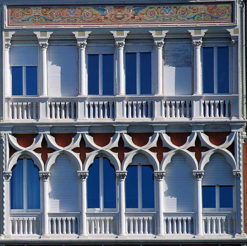Trieste - Windows onto a DeLIGHTful City!