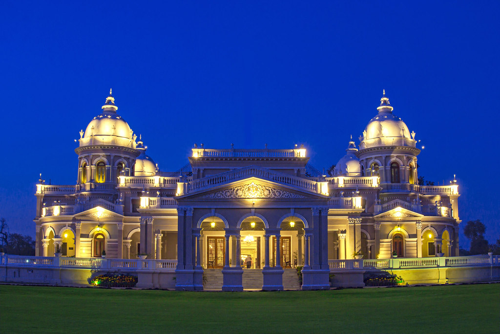 Gulzar Mahal Bahawalpur | Gulzar Mahal was built in the time