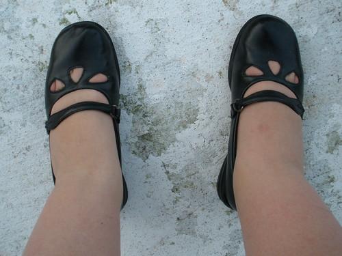 40 weeks pregnant  Feet swollen
