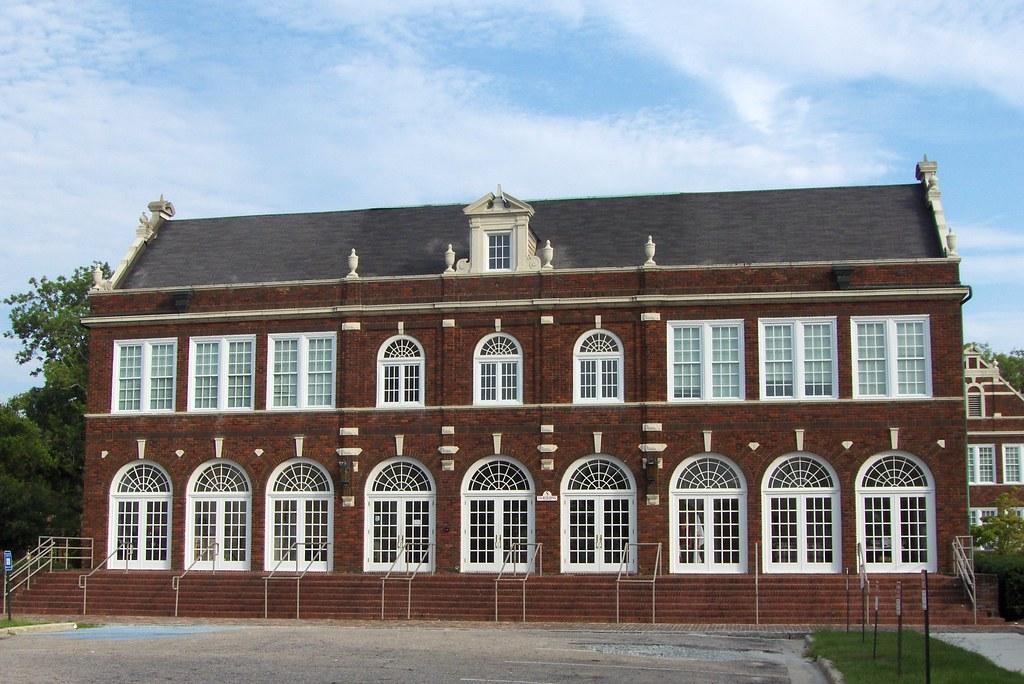 Glynn Academy Administration Building Brunswick GA | Flickr