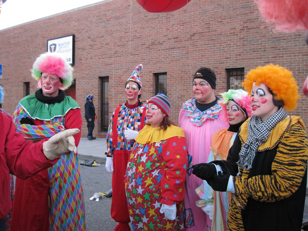 Quicken Loans Community Relations Parade Company Thanksgiv