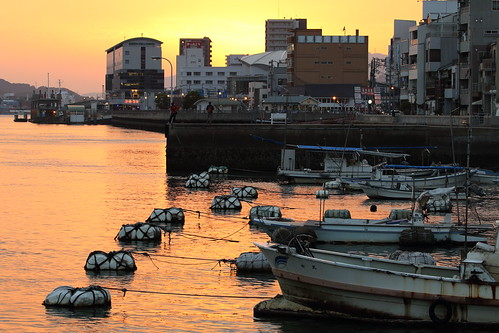 port harbor onomichi hiroshima japan boat seaside waterfront ferry フェリー 尾道 尾道水道 瀬戸内海 尾道港 広島県 日本 ship ボート 船 landscape 風景 しまなみ海道 sunset evening