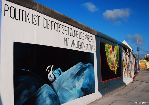 East Side Gallery - Politik