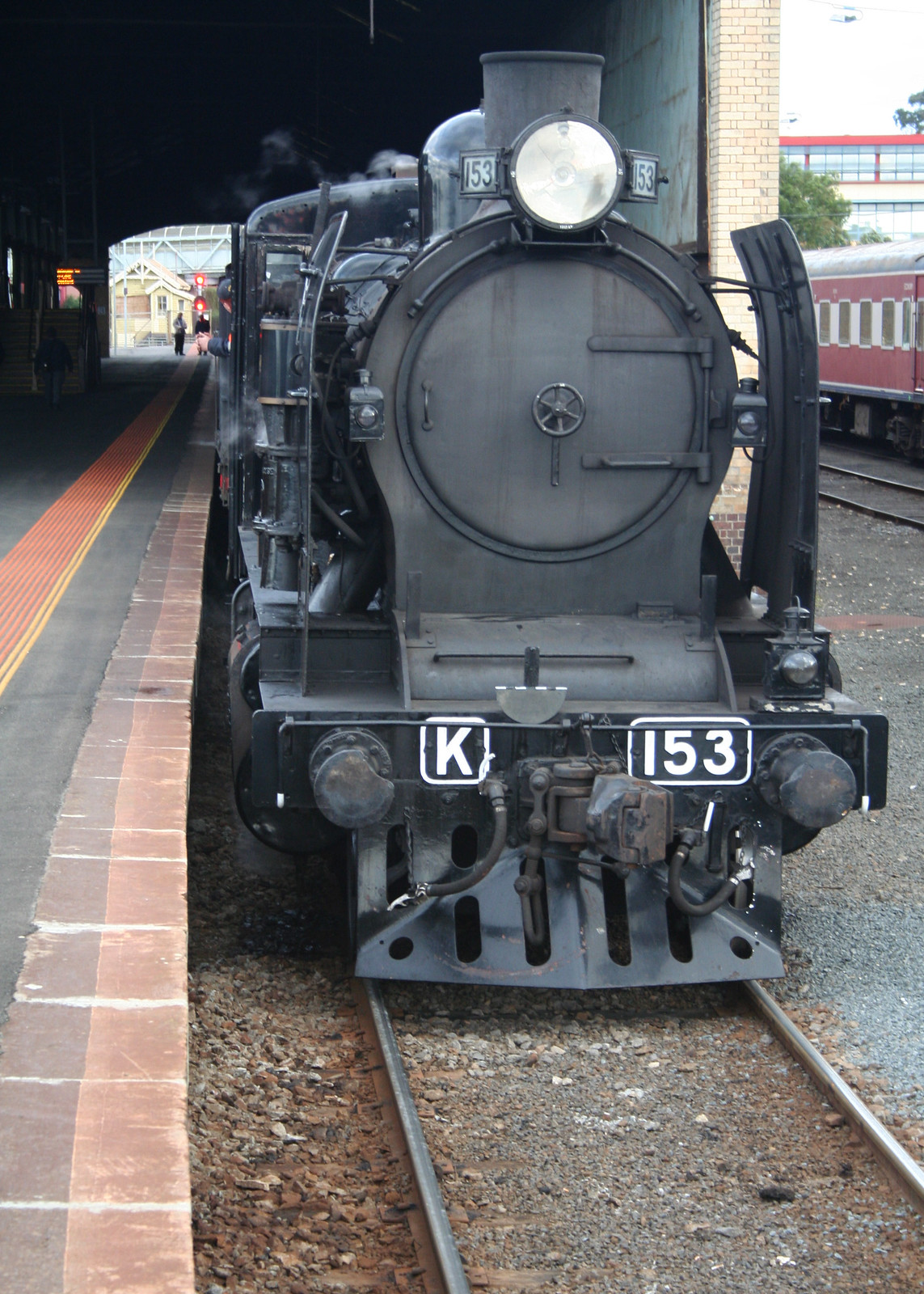 20090802_3873 K153 at Geelong Station by williewonker