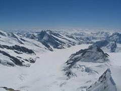 Ještě jednou pohled na ledový jazyk Aletschgletscheru.