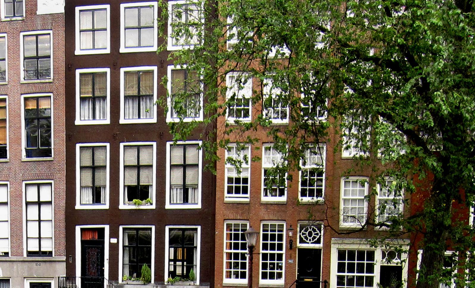 Amsterdam 592