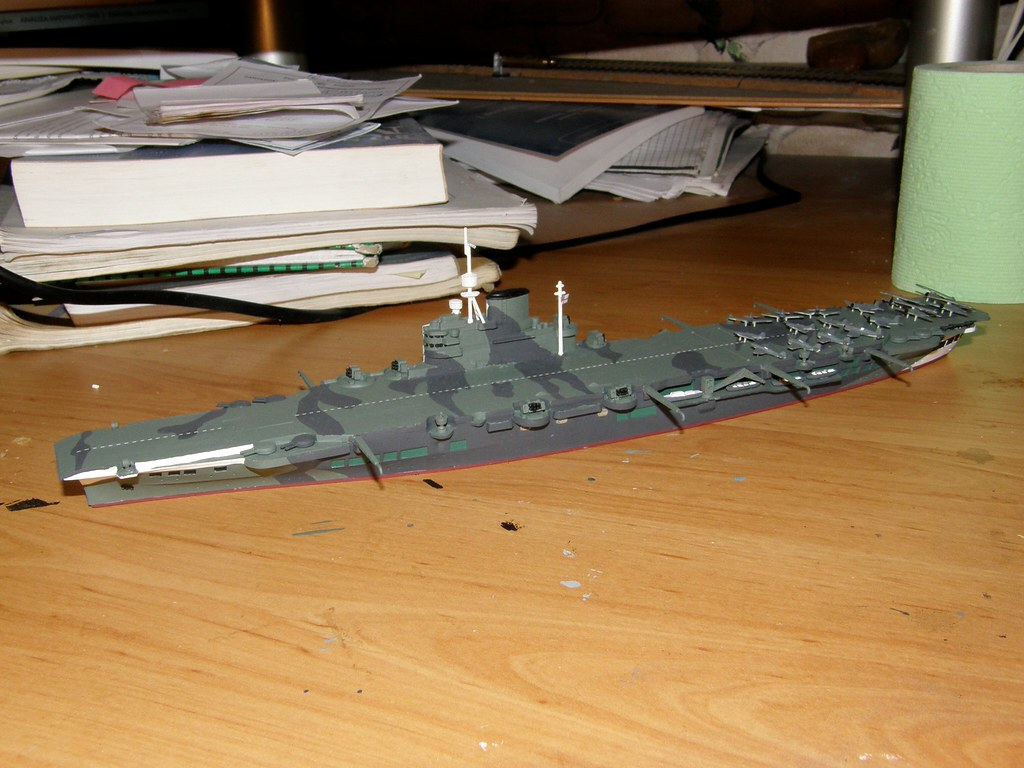 1/700 HMS Victorious by Aoshima | HMS Victorious (R38) was t… | Flickr
