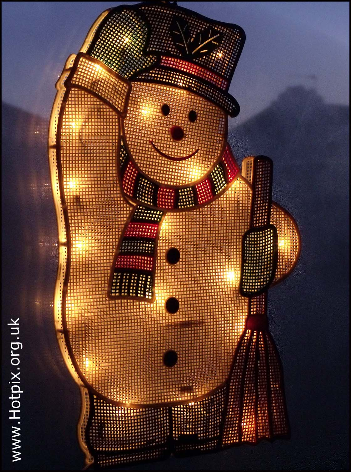 Christmas,decoration,snowman,electric,light,lights,window,dusk,bulb,tungstan,lit,up,lighted,friend,peace,peaceful,friendly,snow,winter,xmas,Yule,season,seasonal,tony,smith,tonysmith,hotpix,hotpixuk,tdk,tdktony,salute,saluting,broom,brush,\u96ea,sneeuw,neige,Schnee,\u0441\u043d\u0435\u0436\u043e\u043a,nieve,dark,disturbia,noche,nuit