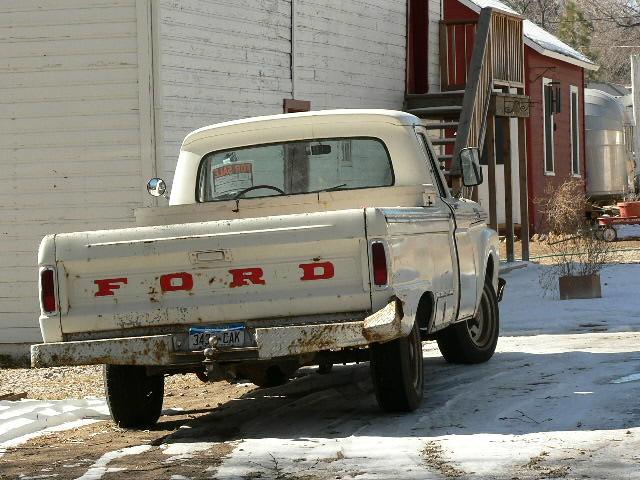 Old Ford Farm Truck Handy Little Ford Farm Truck Karen Flickr