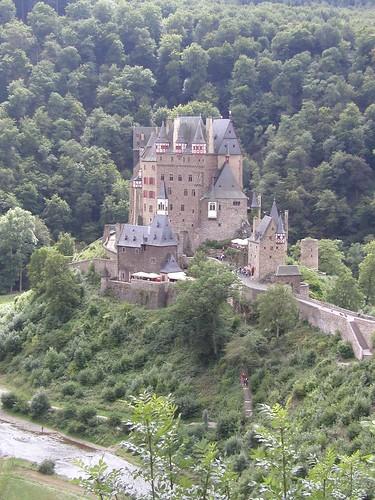 Burg Eltz 0805 005