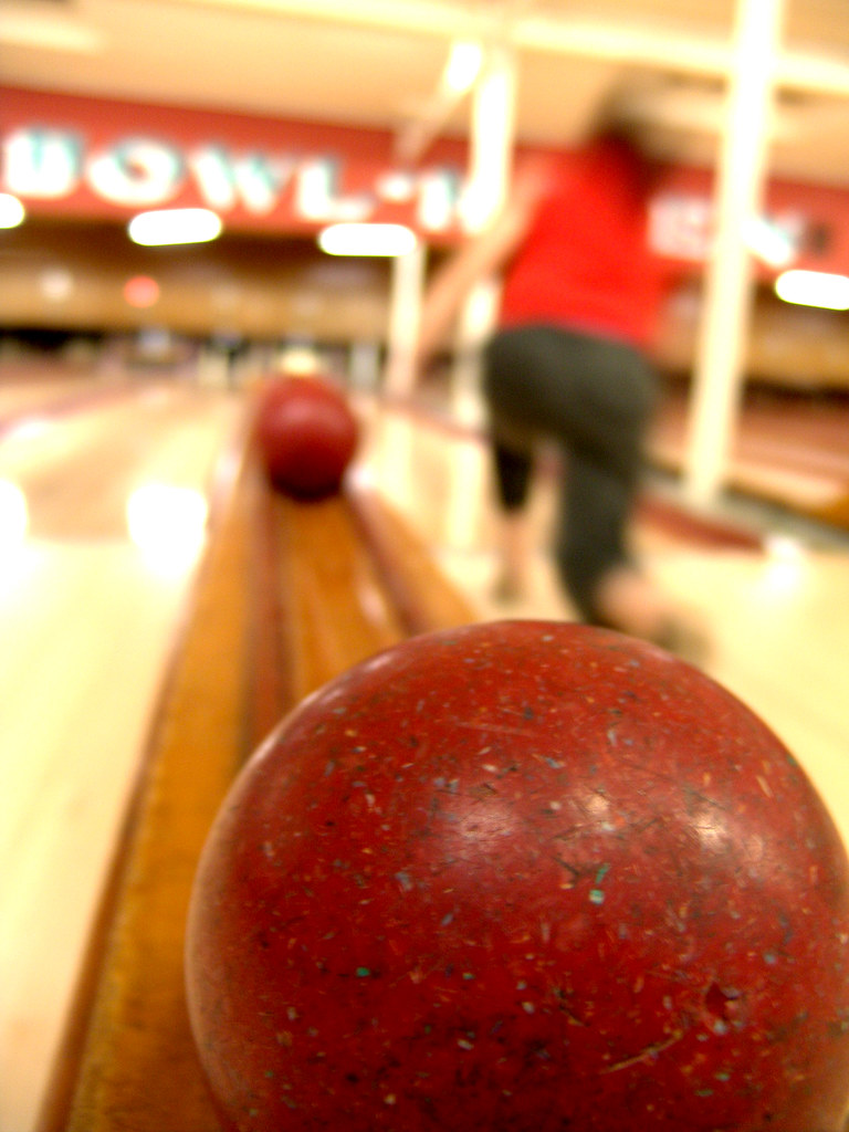 Candlepin Bowling | This is a modified version of the origin