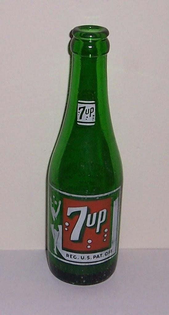 7up value vintage bottles 1 Vintage