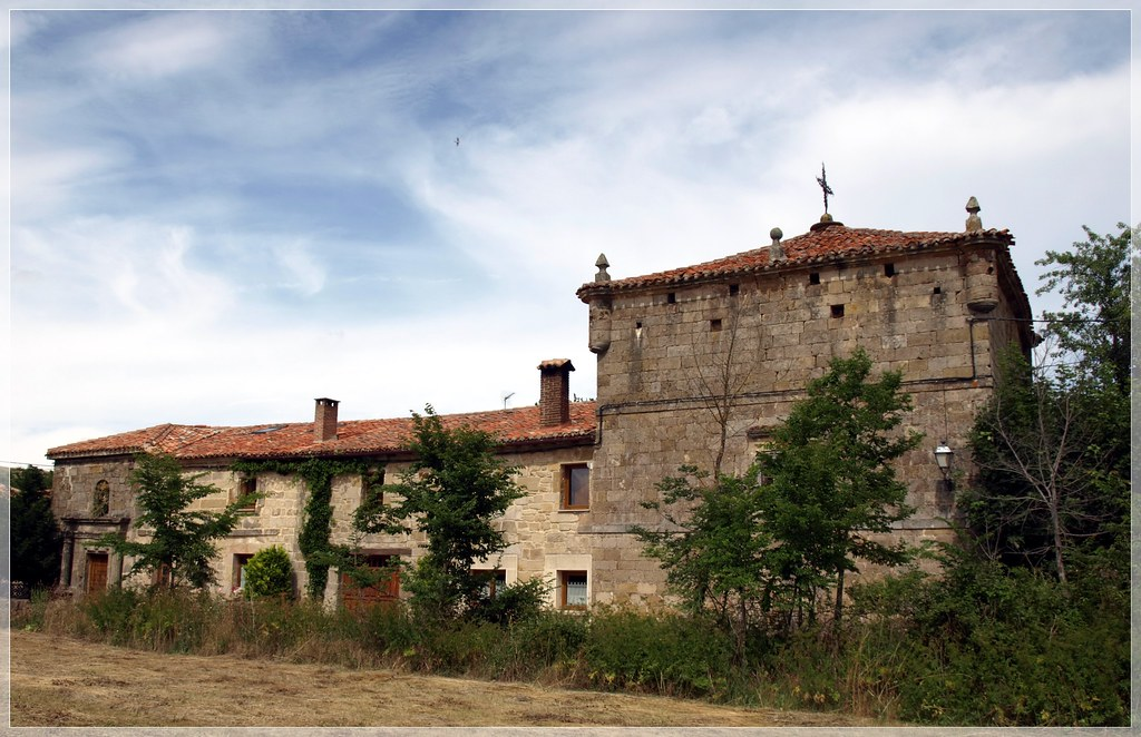Canduela (Palencia). La Torrona | La Torrona es una edificac… | Flickr