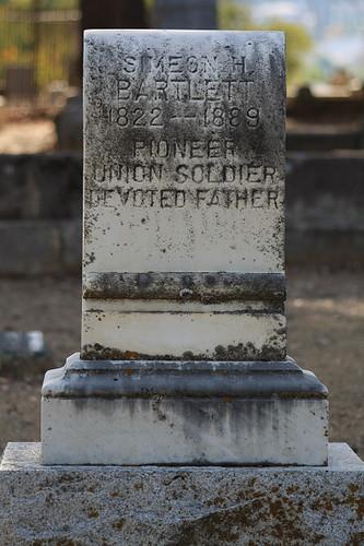 Simeon Bartlett gravestone | by Marji Beach
