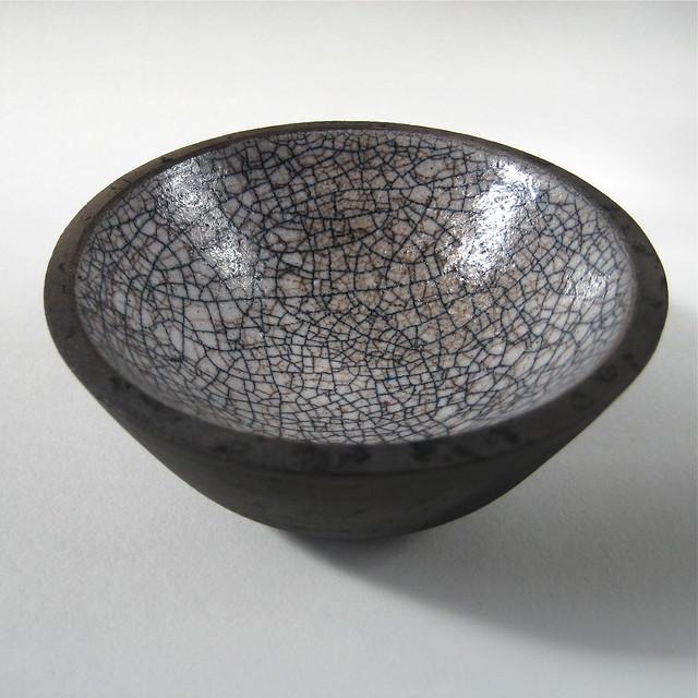 Raku bowl (black and white pool)