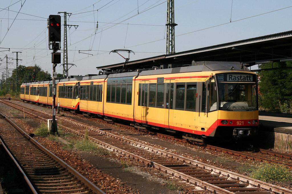 AVG 921 [Karlsruhe tram-train], Karlsruhe Hbf | 01/09/09. Ka… | Flickr