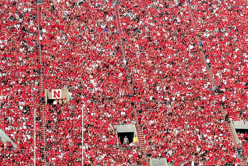 red football nebraska crowd lincoln huskers bigred cornhuskers seaofred