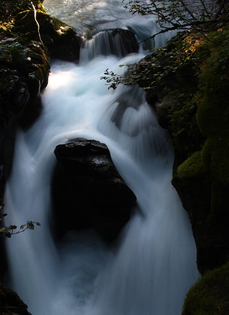 Long exposure of water passing by an obstinate rock