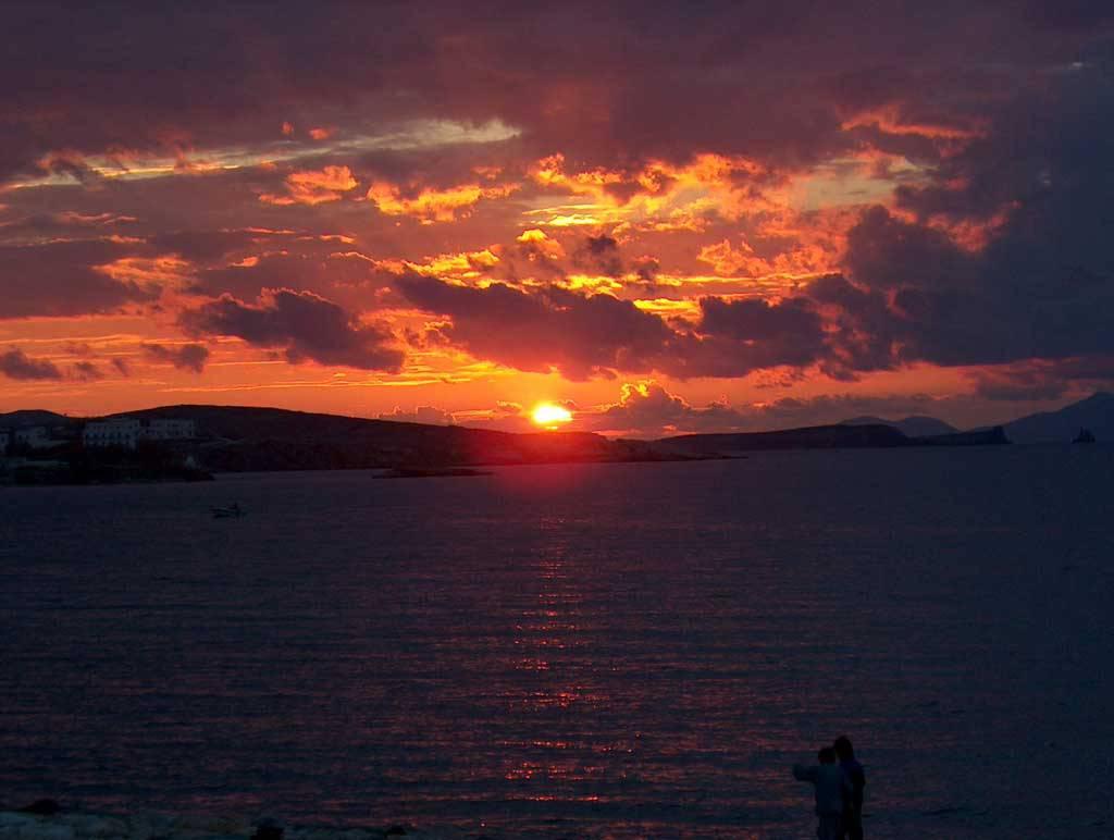 Νότιο Αιγαίο - Πάρος - Παροικιά Ηλιοβασίλεμα στην Παροικιά… | Flickr