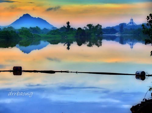 sky mountain colour reflection river sarawak malaysia kuching silky sungai amazingsky satok awesomesky sungaisarawak