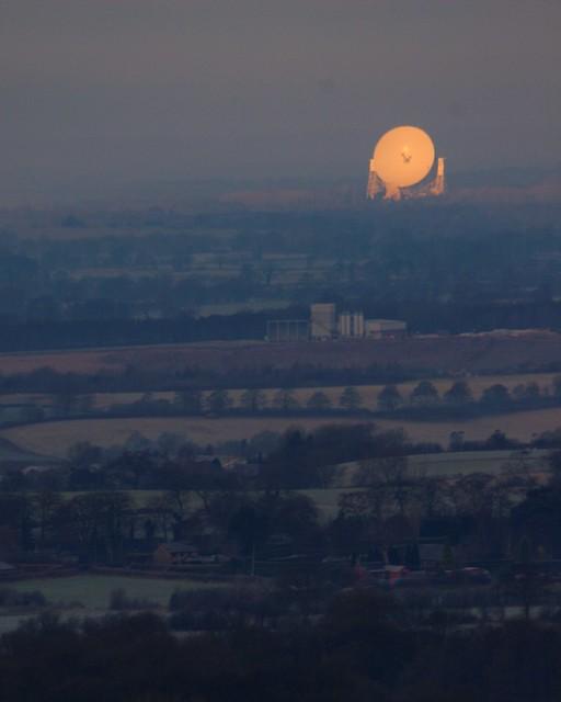 Jodrell Bank telescope catches the morning sun