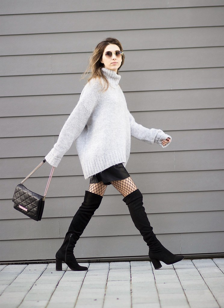 655f344f oversized sweater & over the knee boots | thewhiteocean.com | Lena ...