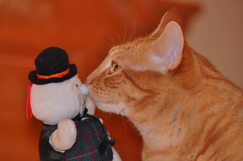 Pete kissing the snowman!!!!