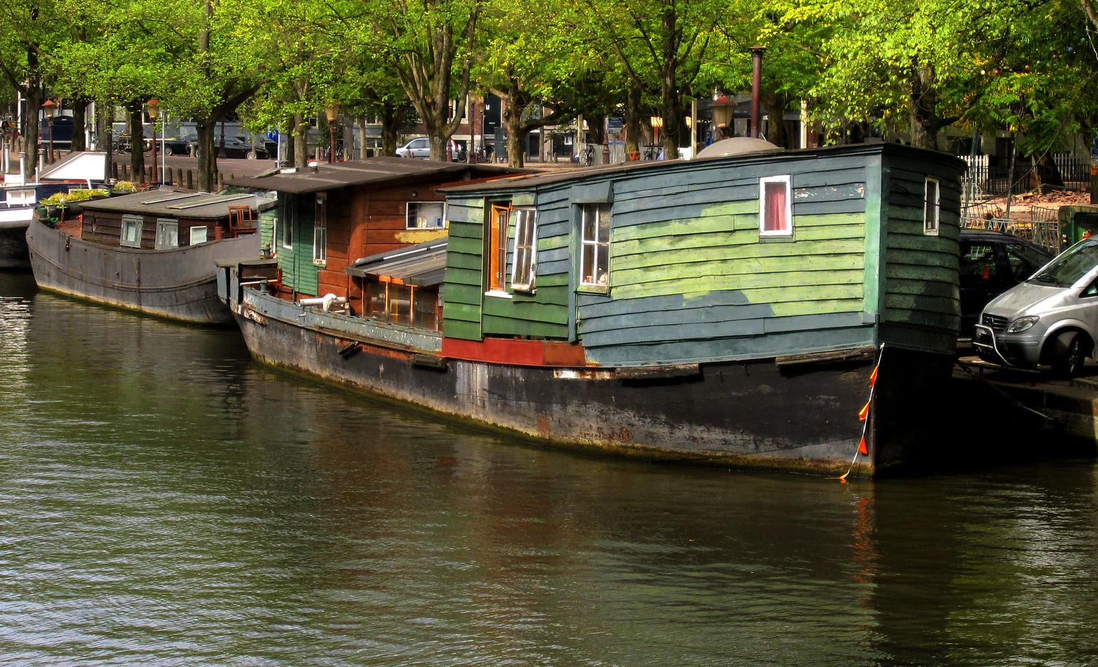 Amsterdam 599