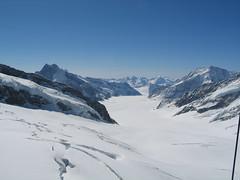 Horní část nejdelšího ledovce Alp – Aletschgletscheru.
